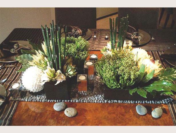 Centerpiece with bamboo